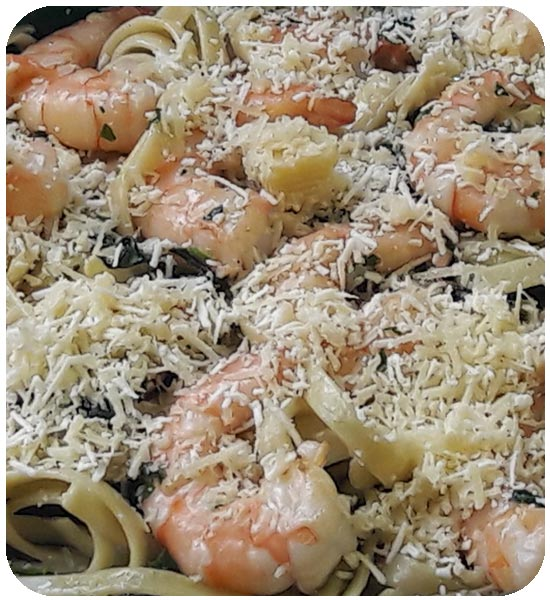 Fettuccine with shrimp, incredible flavor